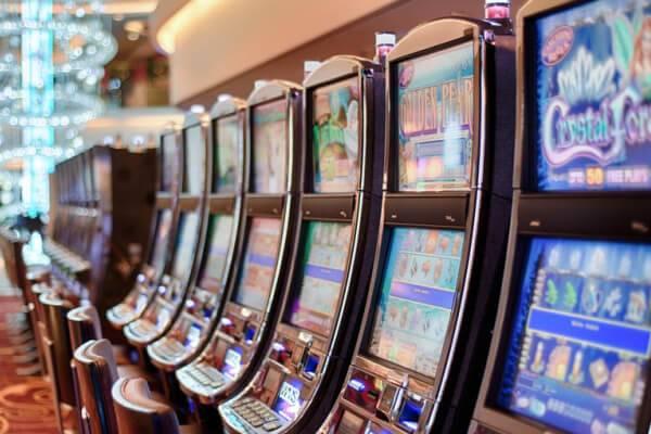 Big slot machines image 600x400